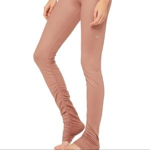 Alo Yoga Idol Legging: Rosewater Glossy